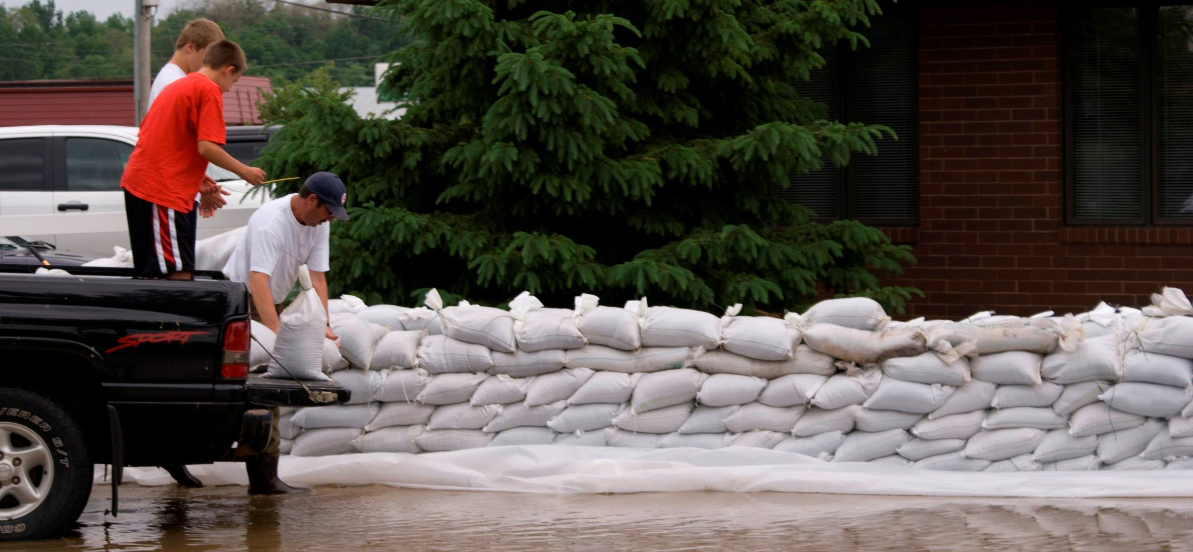Volunteers Needed for Sandbagging Today, 11am-Sundown